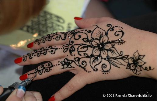 Mountain Mehndi A Guide To Safe Natural Body Art